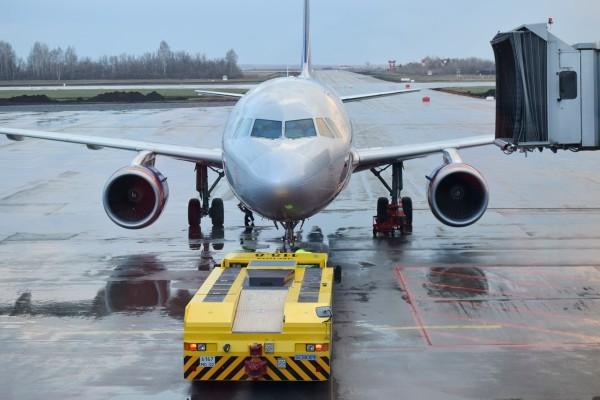 samolet-aeroflot-tyagach_180515